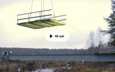 Stålnytta när tillfällig bro sparar tre varv runt jorden